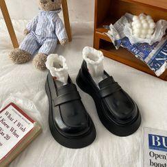 Queen Zoo - Plain Platform Loafers
