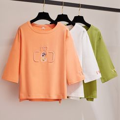 Miyapolis - Letter Embroidered 3/4-Sleeve Printed T-Shirt