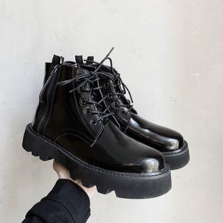 VEAZ - Platform Lace Up Short Boots