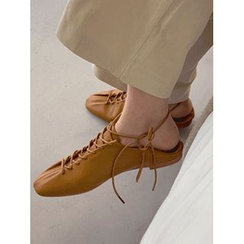 maybe-baby - Lace-Up Loafers