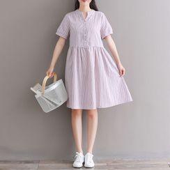 RAIN DEER - 钮扣条纹短袖迷你A字连衣裙