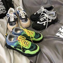 子俊 - 网纱拼接对比色厚底运动鞋
