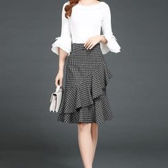 Cocabelli - Houndstooth Ruffled A-Line Skirt