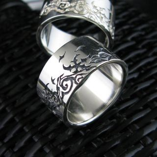 Sterlingworth - Wide Engraved Sterling Silver Band Ring