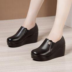 Hannah - 仿皮厚底船跟鞋