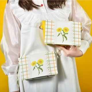SHIME - Sunflower Print Plaid Crossbody Bag
