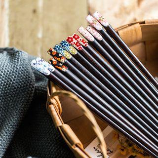 Cassandra - Floral Print Wooden Chopsticks (various designs)