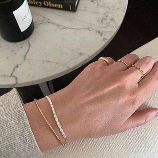 Terreau Kathy - Set of 2: Open Bangle + Faux Pearl Bracelet