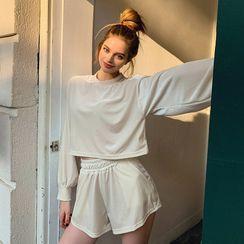 LIPHOP - Set: Cropped Velvet T-Shirt + Wide-Leg Shorts