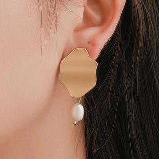 Mulyork - Irregular Alloy Disc Faux Pearl Dangle Earring
