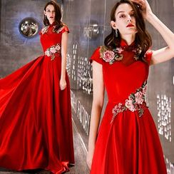 Sennyo - Stand Collar Cap Sleeve Floral Embroidered Evening Gown
