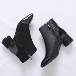 Lemite - Toe-Cap Cylinder-Heel Ankle Boots