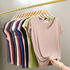 Lacyland(レイシーランド) - V-Neck Short-Sleeve T-Shirt