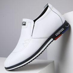 Junster  - 内增高仿皮轻便鞋