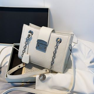 Skyglow - Chain Faux Leather Shoulder Bag
