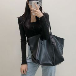 DarkDaisy - Faux Leather Tote Bag