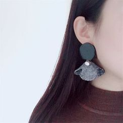 True Glam - Floral Earring