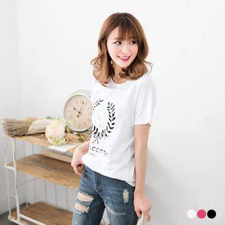 OrangeBear - Leaf Print Arc Hem T-shirt