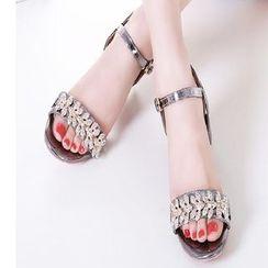 Freesia - 水钻粗跟凉鞋