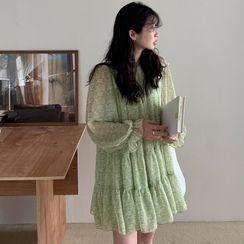 Windcatcher - Long-Sleeve Floral Print Mini A-Line Chiffon Dress
