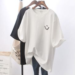 Annyoung  - Elbow-Sleeve Smiley Face T-Shirt