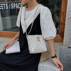 NewTown - Quilted Crossbody Bag