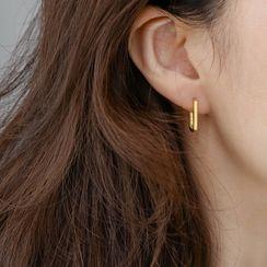 MOMENT OF LOVE - Hoop Earring