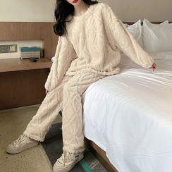Gecko - 家居服套裝: 長袖法蘭絨上衣 + 家居褲