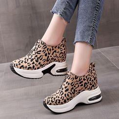 Miloko - Platform Wedge Sneakers