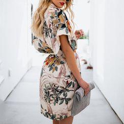 ALISO - Floral Print V-Neck Batwing Sleeve Tie-Waist Shift Dress