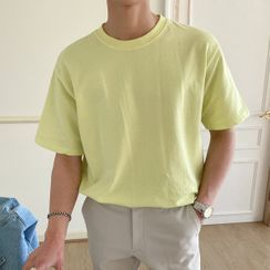 Seoul Homme - Round-Neck T-Shirt in 10 colors