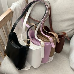 Lizzy(リジー) - Faux Leather Bucket Bag