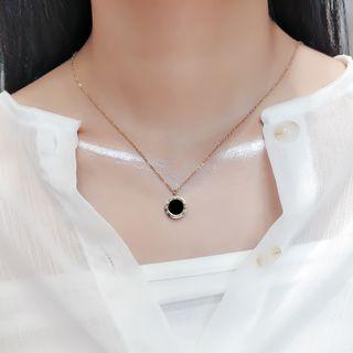 maxine - Roman Numeral Pendant Necklace