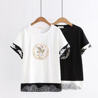 Cat Planet - Short-Sleeve Bird Embroidered T-Shirt