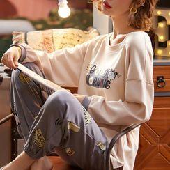 Jeony - Printed Long Sleeve Pajama Set