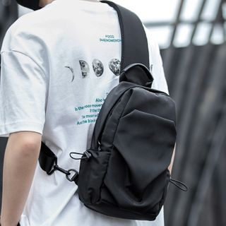 Moyyi - Drawcord Sling Bag