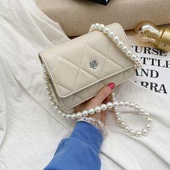 OLGALOG - 仿珍珠絎縫翻蓋斜挎包