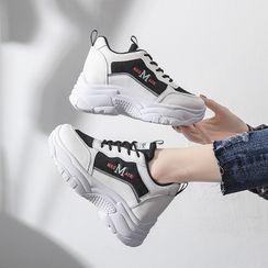 Shanhoo - 字母拼接厚底粗跟休閒鞋