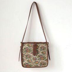 Vintage Kiss - Floral Print Shoulder Bag