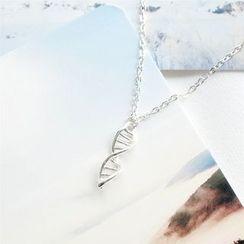 Eternite - DNA Necklace