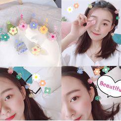 Michu - Resin Flower Hair Clip