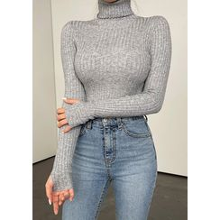 chuu - Turtleneck Thumb-Hole Rib-Knit Top