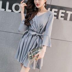 Cheto - 3/4-Sleeve Tie-Waist Mini A-Line Dress