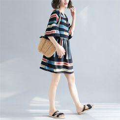 RAIN DEER - Patterned Elbow-Sleeve A-line Dress