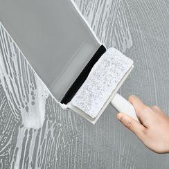 Lamie - Plastic Window Wiper with Cleaning Sponge