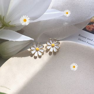 Calypso - 925 Sterling Silver Enamel Daisy Earrings