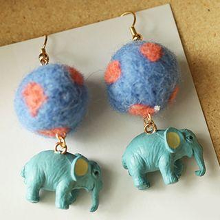 Cometto - Pom Pom Elephant Earring / Clip-On Earring