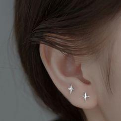 A'ROCH - Star Sterling Silver Earring