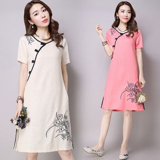 Ebbie - Frog-Buttoned Short-Sleeve Embroidered Dress