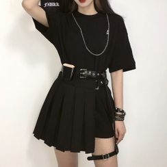 Grendi - Elbow-Sleeve T-Shirt / Skirt / Garter / Waist Bag / Necklace / Set